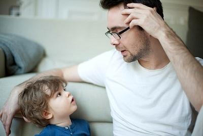 fathertalkingtokid