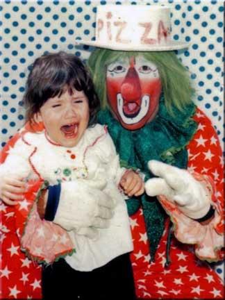 scared-child-clown