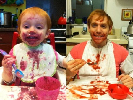 a_weird_dude_reenacts_scenes_in_baby_photos_10