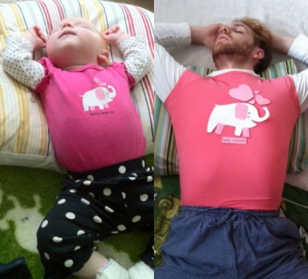 a_weird_dude_reenacts_scenes_in_baby_photos_14