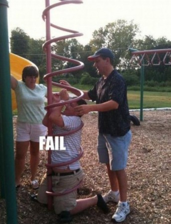 funny-fat-kid-stuck-playground-fail-pic
