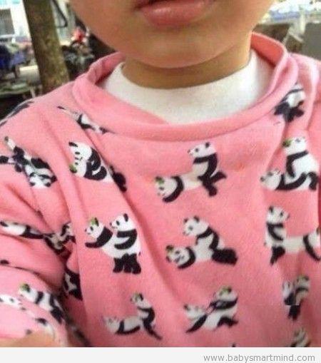 funny kid sweater looks so weird